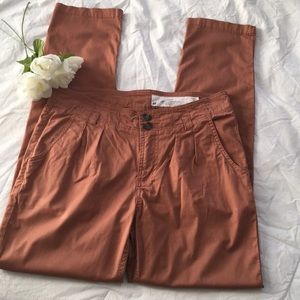 H&M skinny leg pleated pants